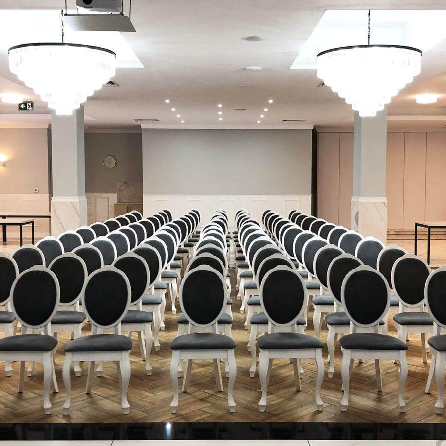 Duża sala konferencyjna